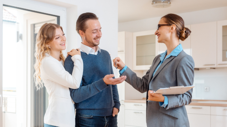 property manager helping find tenants for rental